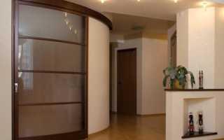Где применяются радиусные двери: виды и материалы
