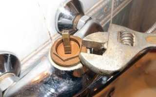 Устройство смесителя для ванной с душем