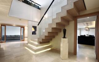 Как сделать красивую лестницу — варианты отделки