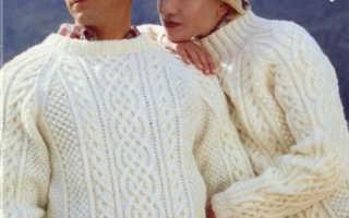 Крупные аранские узоры со схемами посередине пуловера и свитера