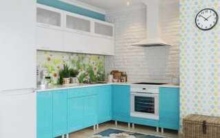 Бирюзовая кухня-гостиная в интерьере