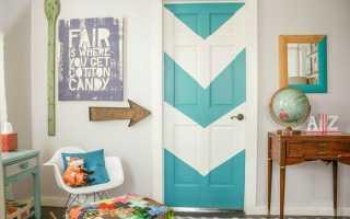 Как декорировать старые двери: особенности работы
