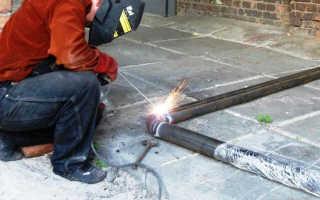 Процесс сварки водопроводных труб