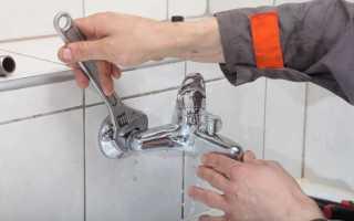 Починить кран в ванной можно самому