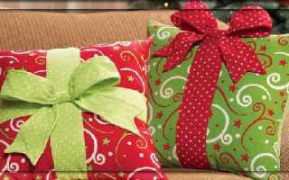 Декоративная подушка из атласной тесьмы своими руками