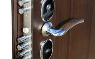 Замена входной двери в квартире: особенности и рекомендации