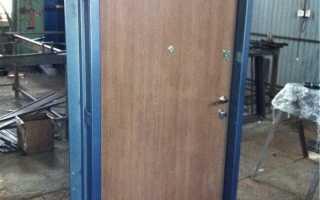 Железная дверь своими руками: изготовление и установка