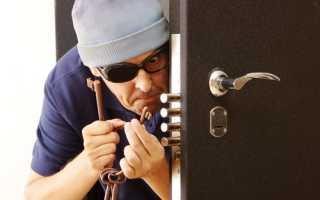 Как снять замок с межкомнатной двери без вызова мастера